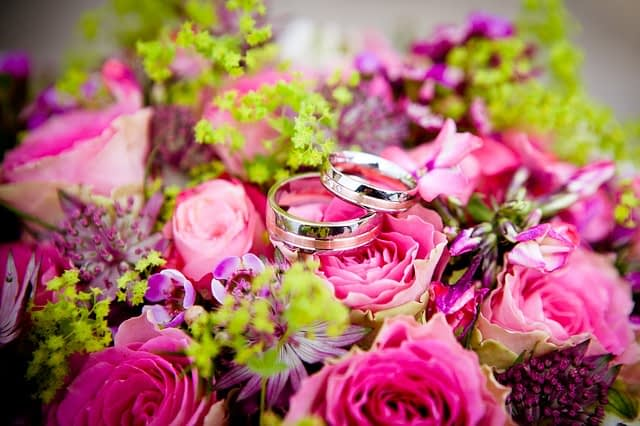 Wedding flowers and rings